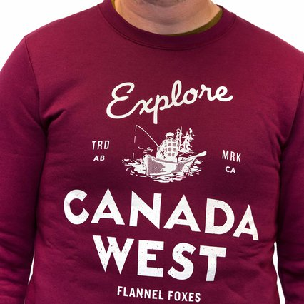 Flannel Foxes_Explore Canada West Sweatshirt_9592