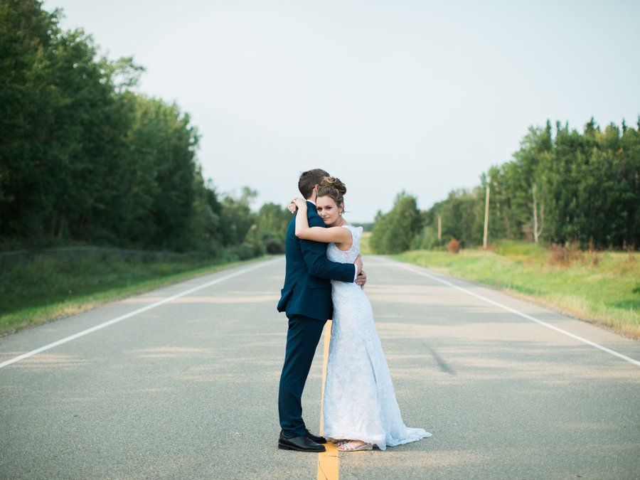 Harmon_Valley_Wedding_-_Lindsey_Parkin_Photography_-1-3.jpg