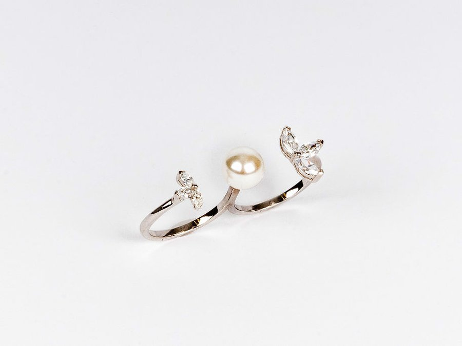 Kelsey Prud'homme Fine Jewelry_Double Pearl Ring 2