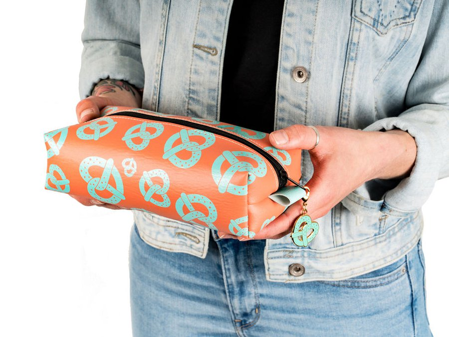 Majesty and Friends_Salty Pretzel Dopp Kit