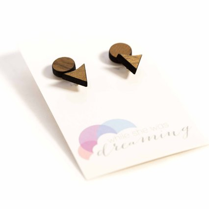 While She Was Dreaming_Wooden Triangle Earring Jacket_8852